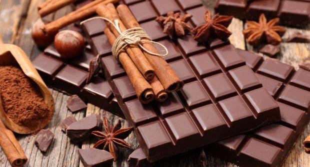 Як стверджують експерти, шоколад здатний впливати на сексуальні відносини між людьми.