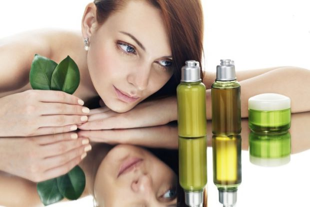 Чим корисна оливкова олія для шкіри - читайте у матеріалі.