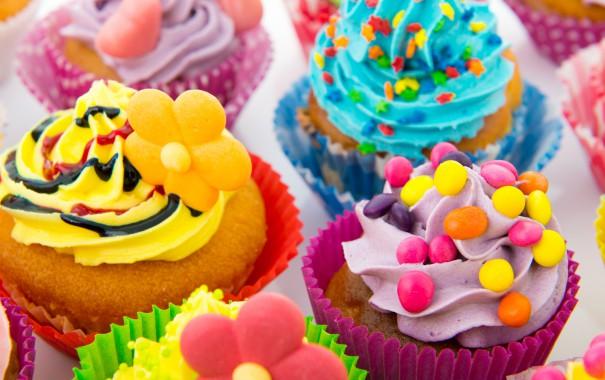 Науковці Каліфорнійського університету в США провели дослідження за участю понад 17 000 осіб і виявили, що солодощі роблять людей тупішими.