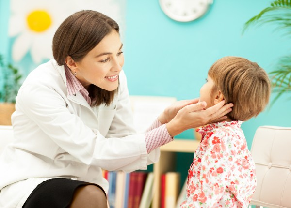 Як зрозуміти, що у дитини в майбутньому можуть виникнути проблеми з мовою та мовленням?Як попередити можливі проблеми?Дивіться практичні поради логопе