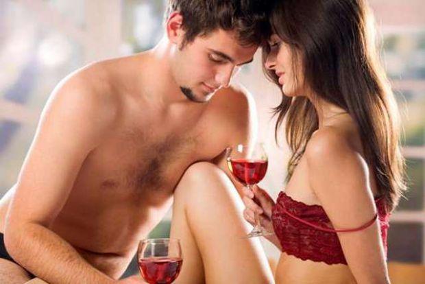 Перед зачаттям не тільки жінці, але і чоловікові потрібно обстежитися і здати аналізи на статеві інфекції, а також подбати про раціоні харчування та з