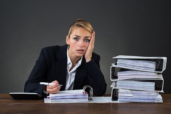 Сім ознак того, що ви забагато працюєте
