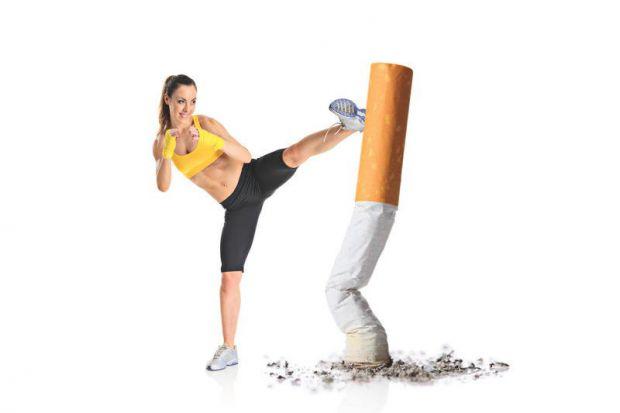 Медитація та асани допоможуть позбутися шкідливих звичок.