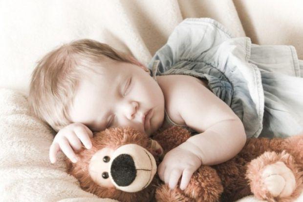 Багато батьків упевнені, що загальна анестезія дуже небезпечна для їхньої дитини, проте чим саме, точно сказати не можуть. Одним з головних страхів є