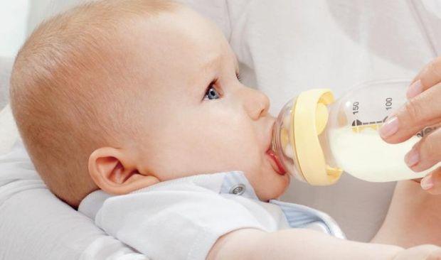 У радянські часи перед мамами не стояло питання, яку купити пляшечку для годування малюка. Всі пляшечки, які продавалися виключно в аптеках, були виго