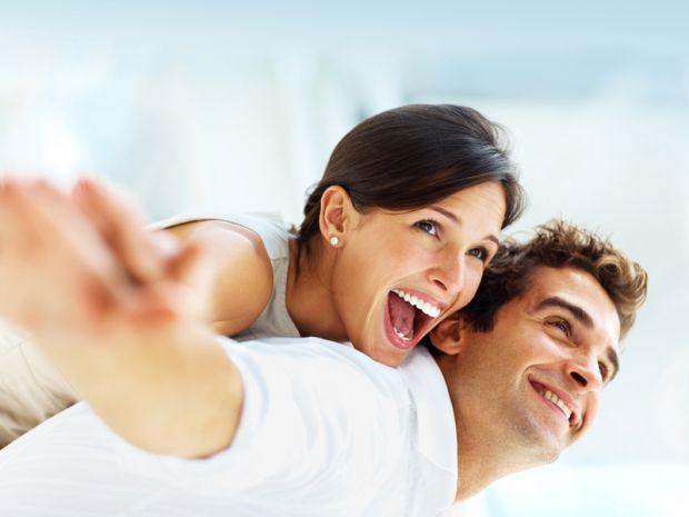 У чоловічому розумінні, ідеальна дружина - це жінка, яка володіє сімейними, хорошими якостями.