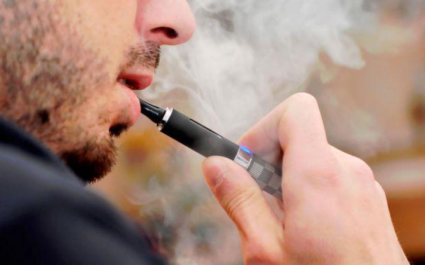 Куріння електронних сигарет може привести до ушкоджень ДНК і мутацій.
