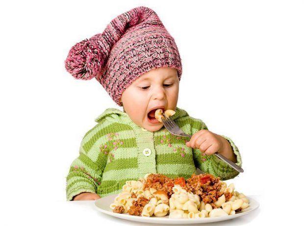 Дослідники з Великої Британії стверджують, що діти, чиї батьки розлучені, з більшою ймовірністю схильні до ожиріння, ніж ті, чиї батьки залишаються ра