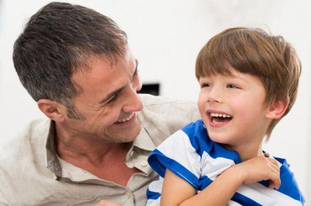 Команда дослідників з університету Бінгемтона в Нью-Йорку і університету Південного Іллінойсу з'ясувала, що ті діти, які зовні схожі з батьком, ніж з