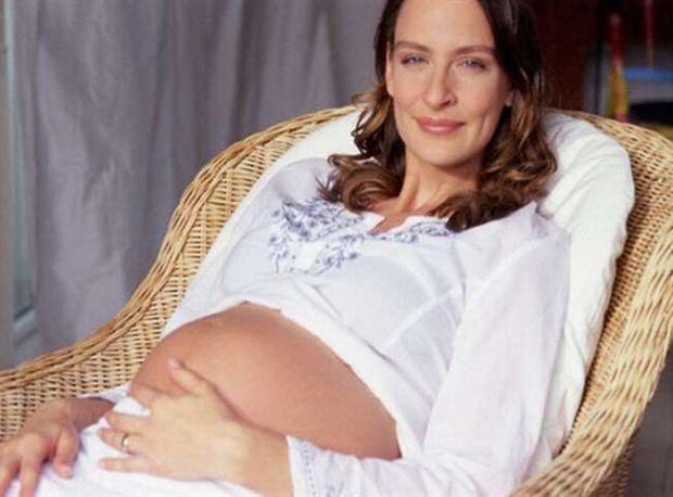 Ви хочете народити дитину, але боїтеся, що нашкодите їй чи собі, тому що вам за 35?