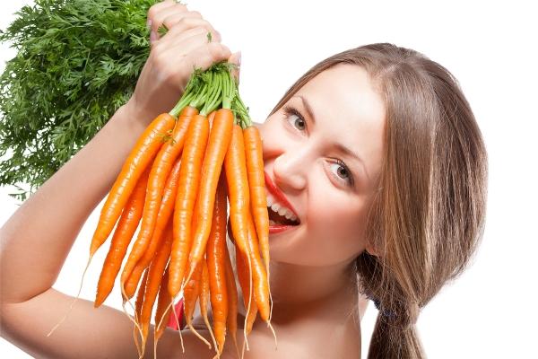 Оранжевий колір не лише покращує настрій, а й допомагає надовго залишатися молодими та красивими. Звісно, мова йде про овочі та фрукти з таким забарвл