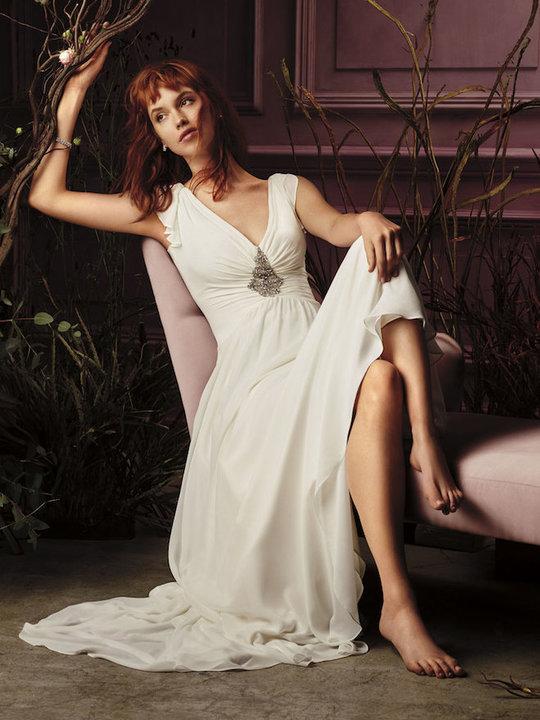 7256_3be1c1a90a37250d6f4cbaf0adbc5b52_jenny_packham_wedding_dresses_david_bridal_6.jpg (85.67 Kb)