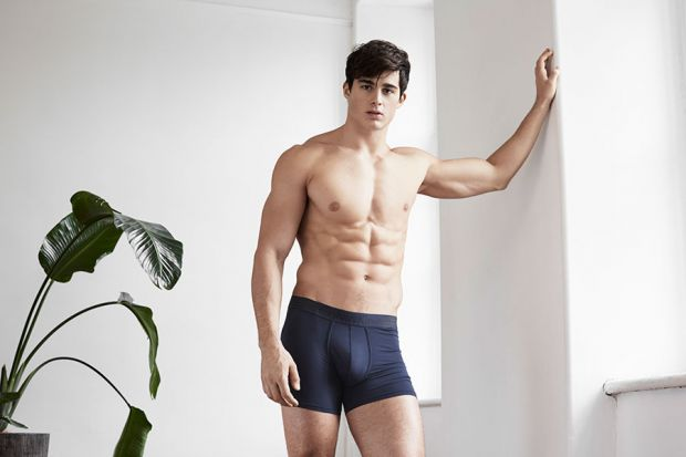 7272_pietro-boselli-2016-simons-underwear-photo-shoot-019.jpg (24.63 Kb)