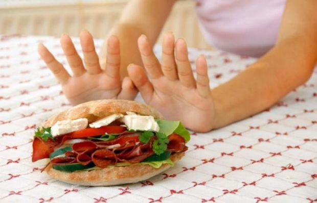 Ви ретельно готуєтесь до літа і вирішили, щоб схуднути, вам потрібно менше їсти, - але це велика помилка!