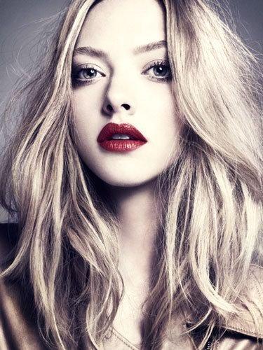 Молода і талановита Голлівудська акторка вирішила показати своїм фанатам, якою милою вона була у дитинстві.