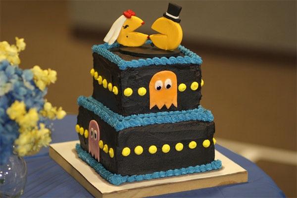 7308_wedding-cake-for-gamers-game-pacman.jpg (64.29 Kb)