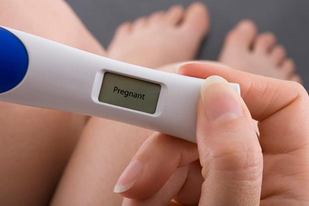 Коли ми говоримо про ранню вагітність, маємо на увазі жінок у положенні віком від 15-16 років. Проте, трапляється, що вагітність настає і швидше. Дуже