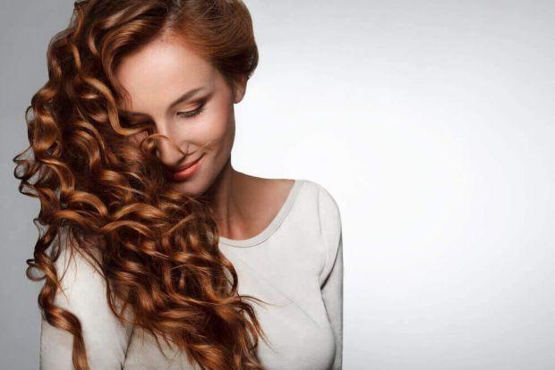 Ключ до швидкого росту волосся - правильний догляд за волоссям, а також оздоровлення, харчування та стимуляція фолікул.