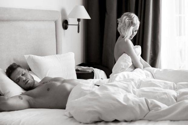 Жінок не влаштовують багато чоловічих звичок в сексі, яких саме - читайте далі.