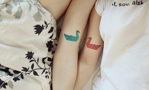 Декілька цікавих варіантів парних татуювань.