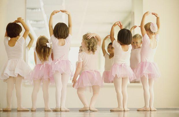 Більшість міфів про балет має право на існування лише в тому випадку, коли дитина готується до професійної кар'єри балерини і збирається вступати до в