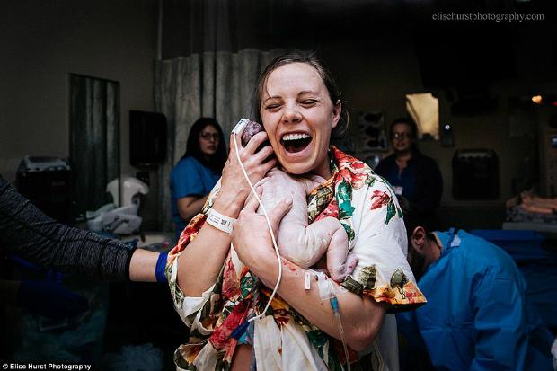 Найкращі фото пологів показали професійні фотографи! Повідомляє сайт Наша мама.