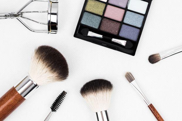 У матеріалі ви прочитаєте про засоби, якими найкраще створювати макіяж.