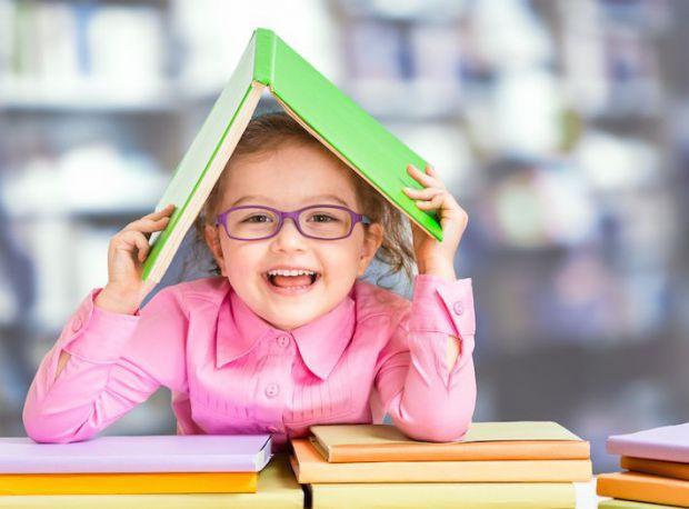 Якщо у вашого малюка поганий зір, а він не хоче носити окуляри, що робити у такій ситуації?