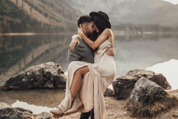 Чому не потрібно з коханого чоловіка робити подружку - читайте далі.