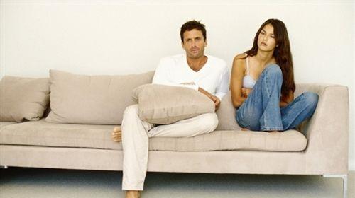 Виходячи заміж, разом з коханим дівчата отримують на додачу і його маму. Побудувати хороші стосунки з нею не завжди легко.