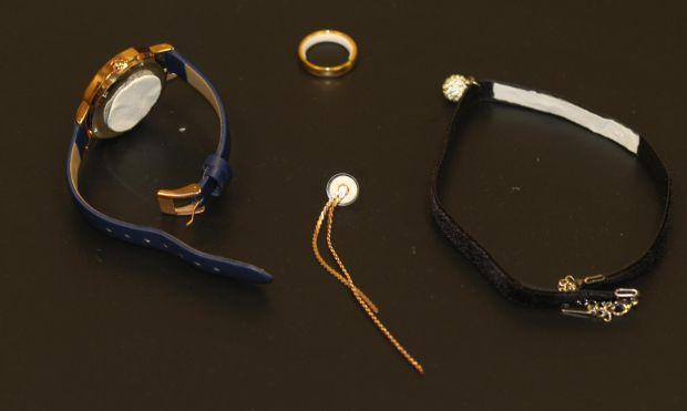7611_contraceptive-jewellery.jpg (16.76 Kb)