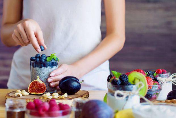 Фрукти багаті на корисні речовини - але в них також багато цукру, а деякі взагалі вважаються ворогами для тих, хто худне.