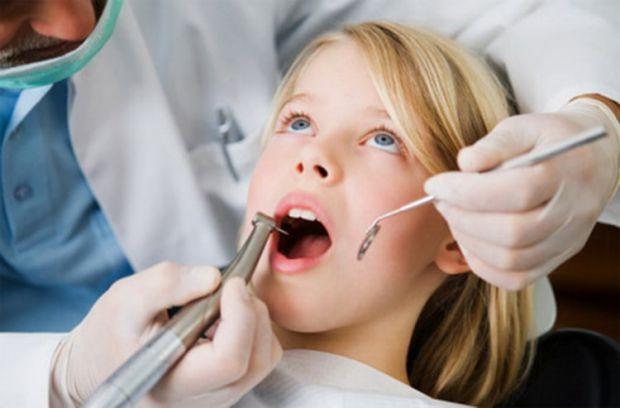 Біологи Московського університету поділилися результатами дослідження про зуби мудрості людини.