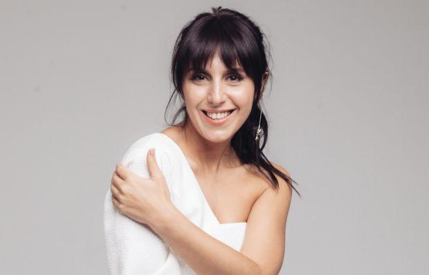 Відома співачка, переможниця Євробачення-2016 - Джамала, розповіла, що дуже очікує знайомства зі своїм малюком.