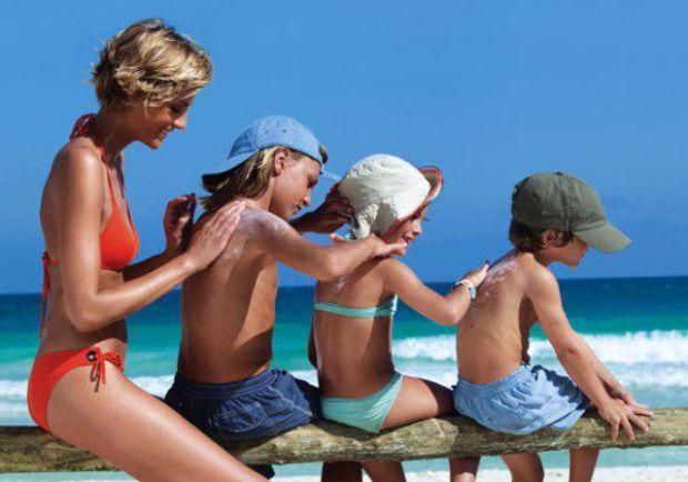 Ніжно коричневий колір тіла – це доволі привабливо. Багато жінок люблять засмагати під сонечком, але забувають про час і їхня засмага може стати не бр