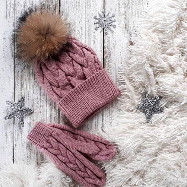 Дерматологи радять прати шапки і рукавички мінімум раз на два тижні.