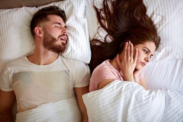 Фахівці з Інституту мозку в Університеті Квінсленда (Австралія) попередили про небезпеку гучного хропіння. Про це повідомляє Daily Mail.