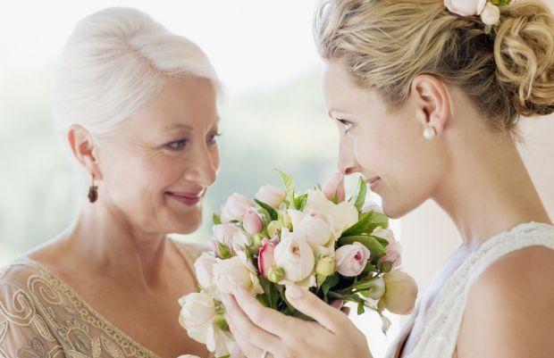 7701_o-mother-at-wedding-facebook.jpg (35.15 Kb)
