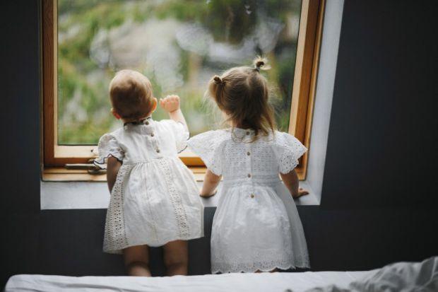 Негативний дитячий досвід (НДД) погіршує життєві обставини та здоров'я людей в зрілому віці. Особливо – в сім'ях, де обидва партнери стикалися з анало