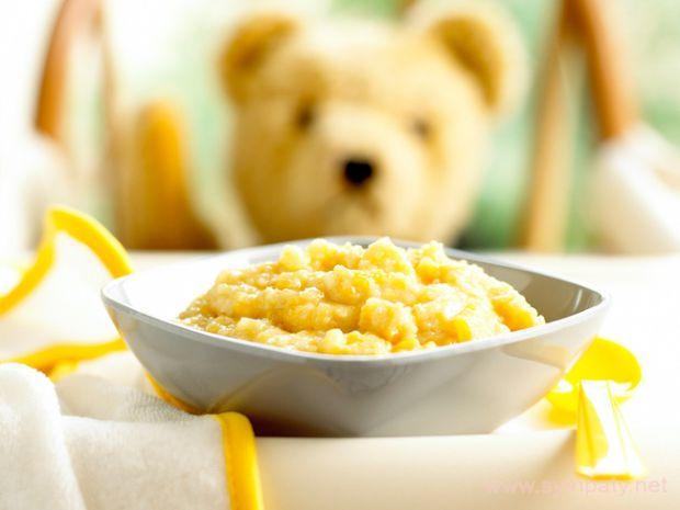 Каша - це один з основних видів прикорму для дітей першого року життя. Вона збагачує організм основними поживними речовинами і вітамінами і сприяє доб