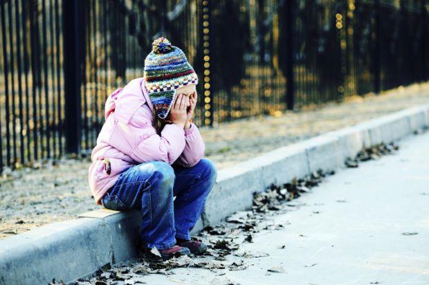 На жаль, у нашій країні доволі часто викрадають дітей, або дитина сама втікає з дому не попереджуючи нікого. Якщо зникла дитина, що робити в такій сит