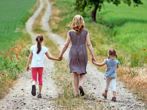 Дослідження показують, що негативного впливу на малечу немає. Такий експеримент провела Європейська спільнота ембріології та репродукції людини.