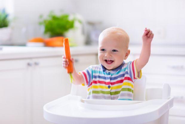 Морква для дитячого організму справжня знахідка, адже в ній безліч корисних вітамінів.