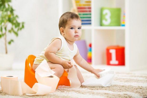 Після народження діти активно ростуть: набирається вага, розвиваються органи і системи. Через це у здорових немовлят інколи виникають складнощі із зас