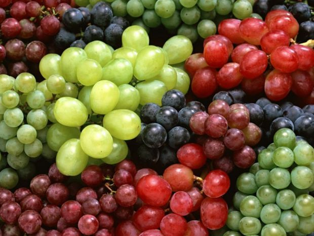 Фахівці з Медичної школи гори Синай (Нью-Йорк, США) з'ясували, що антидепресанти на основі винограду дають менше побічних ефектів. Про це повідомив Li