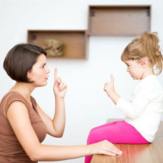 Батьки неодноразово наголошують дітям, що обманювати не можна, також цього вчать книги і мультфільми. Чому ж діти надалі починають брехати прямо у віч