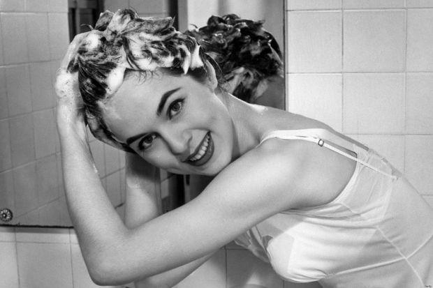 Науковці з Університету Нові-Сад розповіли про смертельну небезпеку шампунів для волосся.