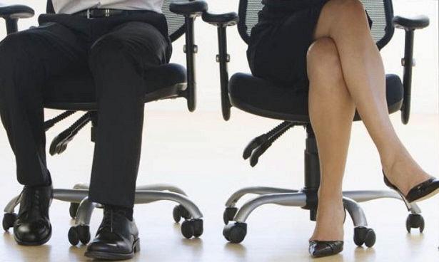 Дослідження показало, що постійні рухи в сидячому положенні збільшують рівень метаболізму. Причому він виростає навіть більше, ніж при роботі в  стояч