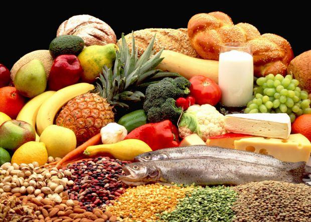 Їжа проти стресу повинна включати ті продукти, які багаті енергією – вуглеводи.