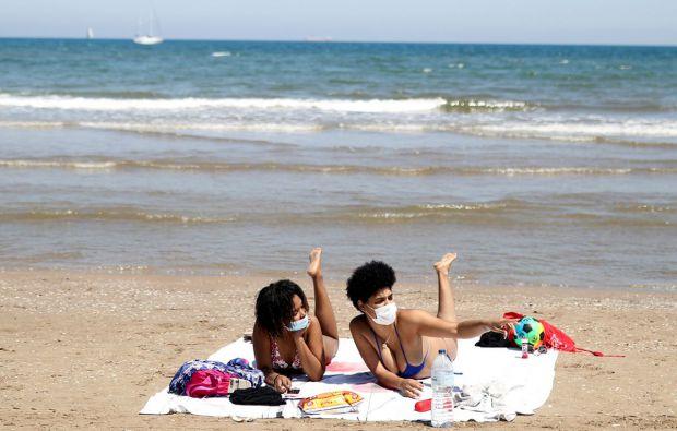 Як уникнути коронавірусу під час відпустки? Повідомляє сайт Наша мама.